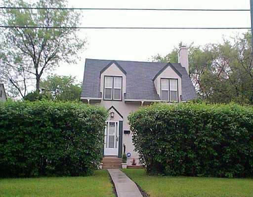 Main Photo: 277 DUBUC Street in Winnipeg: St Boniface Single Family Detached for sale (South East Winnipeg)  : MLS®# 2509032