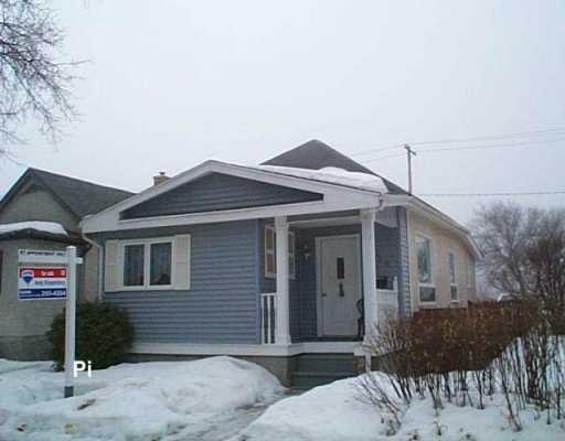 Main Photo: 334 MELROSE Avenue West in Winnipeg: Transcona Single Family Detached for sale (North East Winnipeg)  : MLS®# 2703935