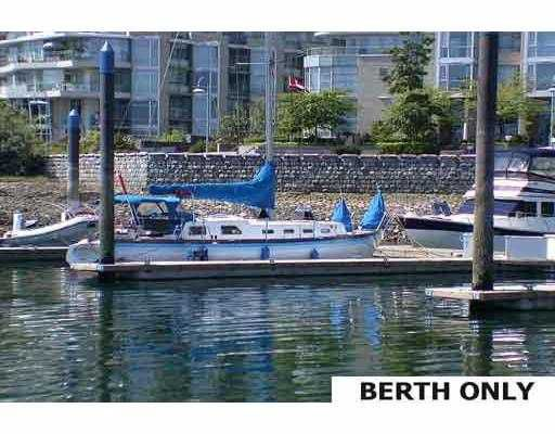 "Main Photo: A16 1088 MARINASIDE Crescent in Vancouver: False Creek North Condo for sale in ""QUAYSIDE MARINA"" (Vancouver West)  : MLS®# V689591"