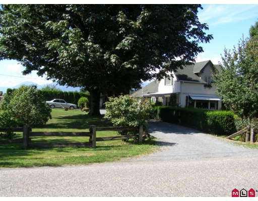 Main Photo: 10717 MCGRATH Road in Chilliwack: Rosedale Popkum House for sale (Rosedale)  : MLS®# H2703881