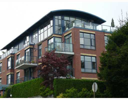 Main Photo: 302 1725 BALSAM Street in Vancouver: Kitsilano Condo for sale (Vancouver West)  : MLS®# V664827
