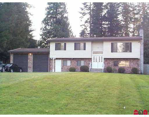 """Main Photo: 22742 76B AV in Langley: Fort Langley House for sale in """"Forest Knolls"""" : MLS®# F2507484"""