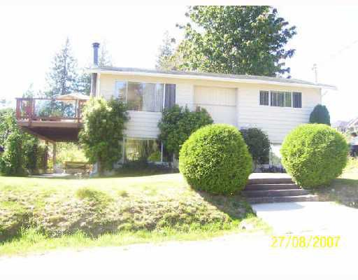 Main Photo: 717 CRUCIL Road in Gibsons: Gibsons & Area House for sale (Sunshine Coast)  : MLS®# V665835