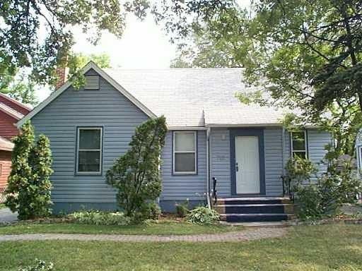 Main Photo: 722 JUBILEE Avenue in WINNIPEG: Fort Rouge / Crescentwood / Riverview Single Family Detached for sale (South Winnipeg)  : MLS®# 2713254