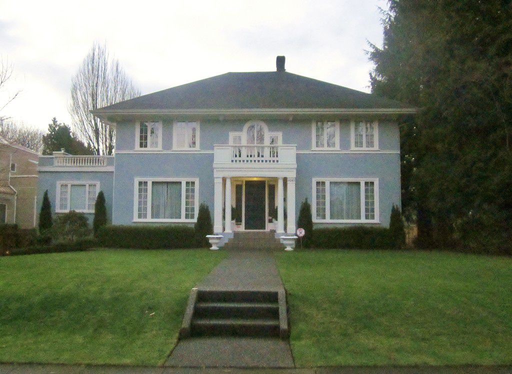Main Photo: 6061 CHURCHILL Street in vancouver: House for sale