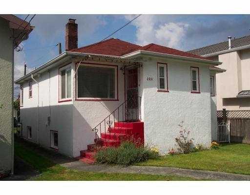 "Main Photo: 2951 VICTORIA DR in Vancouver: Grandview VE House for sale in ""GRANDVIEW"" (Vancouver East)  : MLS®# V555483"