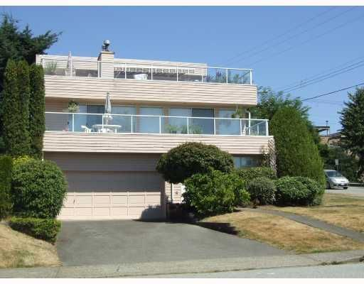 Main Photo: #1 - 525 Chesterfield Avenue in North Vancouver: Lower Lonsdale House 1/2 Duplex for sale : MLS®# V732696