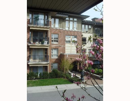 "Main Photo: 5133 GARDEN CITY Road in Richmond: Brighouse Condo for sale in ""LIONS PARK"" : MLS®# V640723"