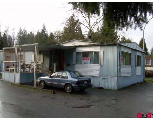 """Main Photo: 87 8190 KING GEORGE Highway in Surrey: Bear Creek Green Timbers Manufactured Home for sale in """"KING GEORGE"""" : MLS®# F2730200"""