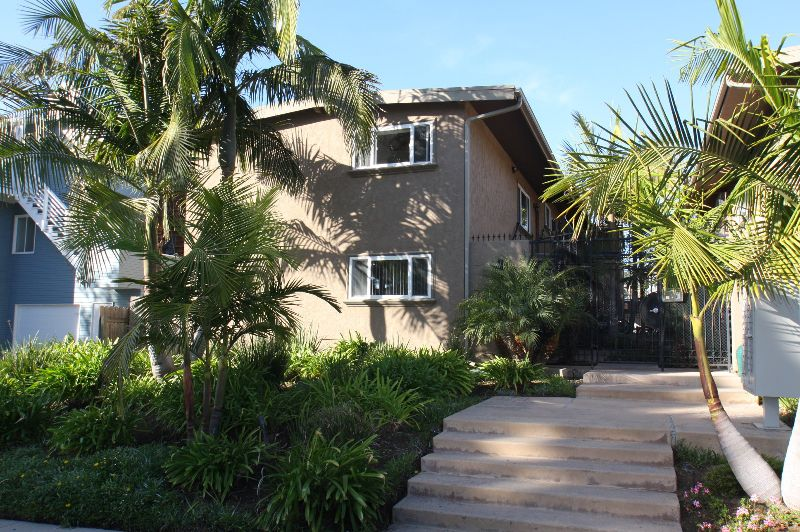 Main Photo: PACIFIC BEACH Condo  ()  : 2 bedrooms : 1792 Missouri Street in San Diego
