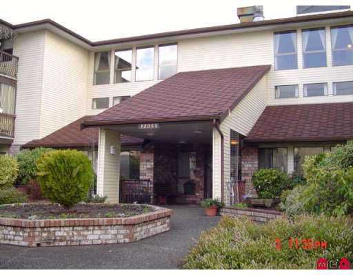 """Main Photo: 112 32055 OLD YALE Road in Abbotsford: Abbotsford West Condo for sale in """"NOTTINGHAM"""" : MLS®# F2714499"""