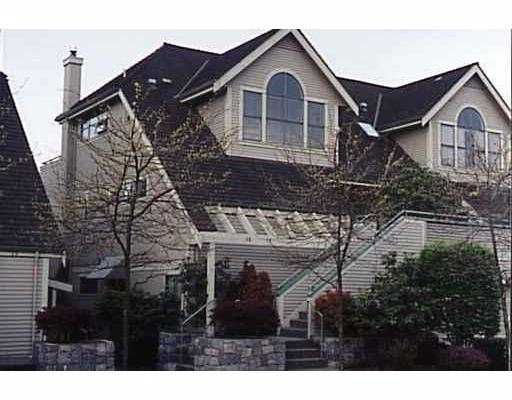 """Main Photo: 2 229 E 8TH Street in North_Vancouver: Central Lonsdale Townhouse for sale in """"THE GABLES"""" (North Vancouver)  : MLS®# V690808"""