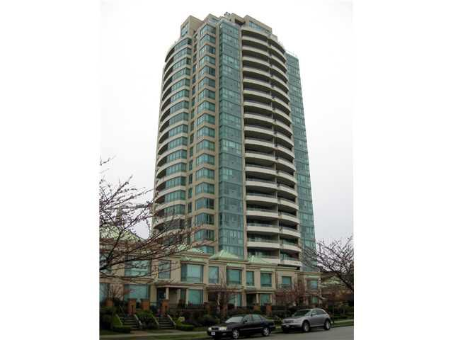 """Main Photo: # 402 6659 SOUTHOAKS CR in Burnaby: Highgate Condo for sale in """"GEMINI TOWER 2"""" (Burnaby South)  : MLS®# V839658"""