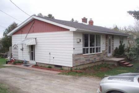 Main Photo: 542 Sarah Street in Beaverton: House (Bungalow) for sale (N24: BEAVERTON)  : MLS®# N1360458