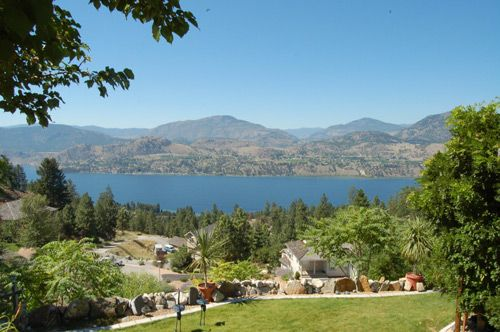 Photo 2: Photos: 172 Christie Mtn Lane in Okanagan Falls: Heritage Hills Residential Detached for sale : MLS®# EXCLUSIVE