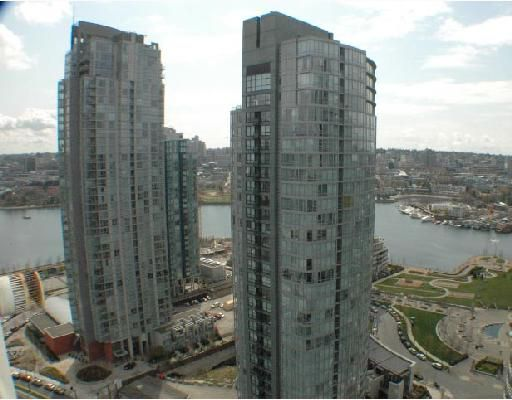 "Main Photo: 2703 501 PACIFIC Street in Vancouver: Downtown VW Condo for sale in ""THE 501"" (Vancouver West)  : MLS®# V698501"