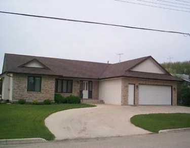 Main Photo: 473 ST JOSEPH Street in St Pierre-Jolys: Manitoba Other Single Family Detached for sale : MLS®# 2507890