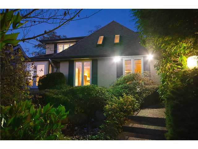 Main Photo: 3089 W 45 Avenue in Vancouver: Kerrisdale House for sale (Vancouver West)  : MLS®# V921630