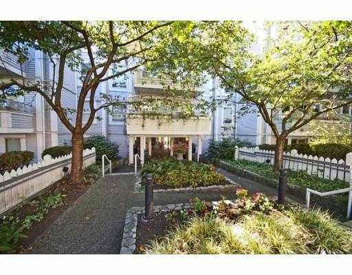 """Main Photo: 201 876 W 14TH Avenue in Vancouver: Fairview VW Condo for sale in """"WINDGATE LAUREL"""" (Vancouver West)  : MLS®# V668638"""