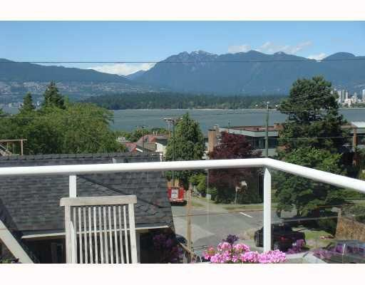 Main Photo: 1675 Larch Street in Vancouver: Kitsilano Condo for sale (Vancouver West)  : MLS®# V747996