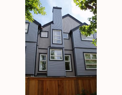 Main Photo: 14 888 W 16TH Avenue in Vancouver: Cambie Townhouse for sale (Vancouver West)  : MLS®# V665519