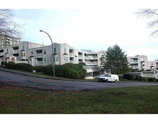"""Main Photo: 703 65 1ST Street in New_Westminster: Downtown NW Condo for sale in """"KINNAIRD PLACE"""" (New Westminster)  : MLS®# V662155"""