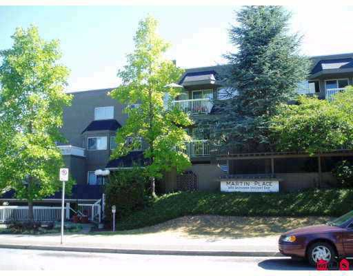 "Main Photo: 108 1870 E SOUTHMERE Crescent in White_Rock: Sunnyside Park Surrey Condo for sale in ""South Grove"" (South Surrey White Rock)  : MLS®# F2725721"