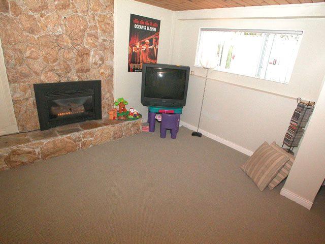 Photo 12: Photos: 1945 REGAN Avenue in Coquitlam: Central Coquitlam House for sale : MLS®# V701411