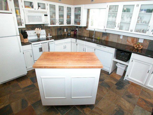 Photo 4: Photos: 1945 REGAN Avenue in Coquitlam: Central Coquitlam House for sale : MLS®# V701411