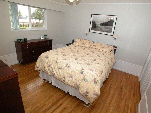 Photo 6: Photos: 1945 REGAN Avenue in Coquitlam: Central Coquitlam House for sale : MLS®# V701411