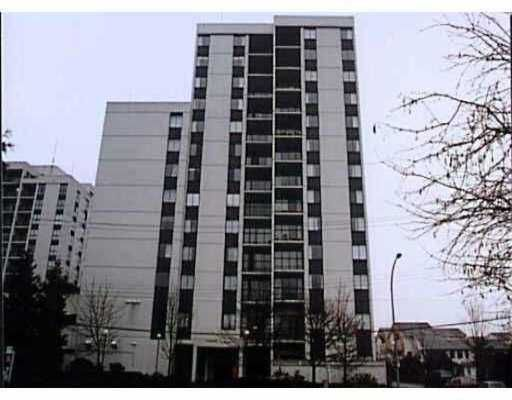 """Main Photo: 905 7100 GILBERT RD in Richmond: Brighouse South Condo for sale in """"TOWER IN THE PARK"""" : MLS®# V570669"""