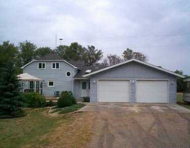 Main Photo: RD 9 EAST in Morris: Manitoba Other Single Family Detached for sale : MLS®# 2513542