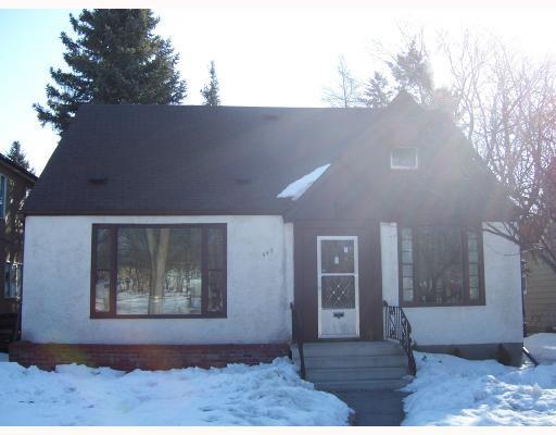 Main Photo: 448 BROCK Street in WINNIPEG: River Heights / Tuxedo / Linden Woods Residential for sale (South Winnipeg)  : MLS®# 2803760
