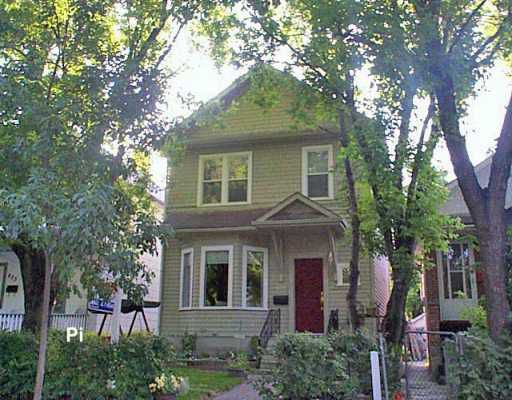 Main Photo: 631 ASHBURN Street in Winnipeg: West End / Wolseley Single Family Detached for sale (West Winnipeg)  : MLS®# 2612424