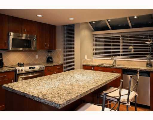"""Main Photo: # 801 71 JAMIESON CT in New Westminster: Fraserview NW Condo for sale in """"PALACE QUAY"""" : MLS®# V799596"""