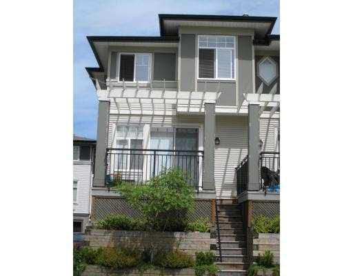 """Main Photo: 35 1010 EWEN Avenue in New_Westminster: Queensborough Townhouse for sale in """"WINDSOR MEWS"""" (New Westminster)  : MLS®# V654660"""