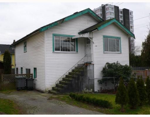 Main Photo: 1502 E 2ND Avenue in Vancouver: Grandview VE House for sale (Vancouver East)  : MLS®# V684591
