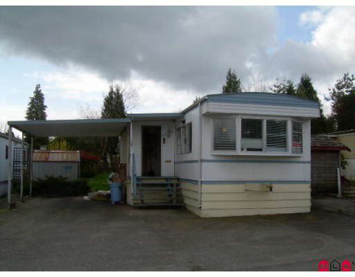 """Main Photo: 67 8266 KING GEORGE Highway in Surrey: Bear Creek Green Timbers Manufactured Home for sale in """"Plaza"""" : MLS®# F2811379"""