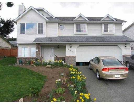 """Main Photo: 2037 PLACID Crescent in No_City_Value: Out of Town House for sale in """"CATHERS LAKE"""" : MLS®# V682050"""