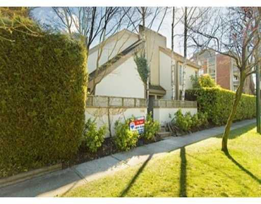 Main Photo: 5312 BALSAM Street in Vancouver: Kerrisdale House for sale (Vancouver West)  : MLS®# V636240