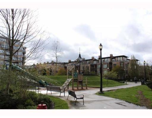 """Photo 9: Photos: # 409 2228 MARSTRAND AV in Vancouver: Condo for sale in """"Solo"""" : MLS®# V817305"""