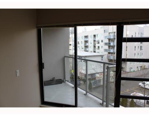 """Photo 6: Photos: # 409 2228 MARSTRAND AV in Vancouver: Condo for sale in """"Solo"""" : MLS®# V817305"""