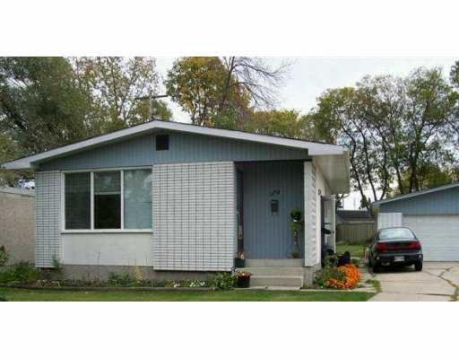 Main Photo: 1170 BETOURNAY Street in Winnipeg: Windsor Park / Southdale / Island Lakes Single Family Detached for sale (South East Winnipeg)  : MLS®# 2516033
