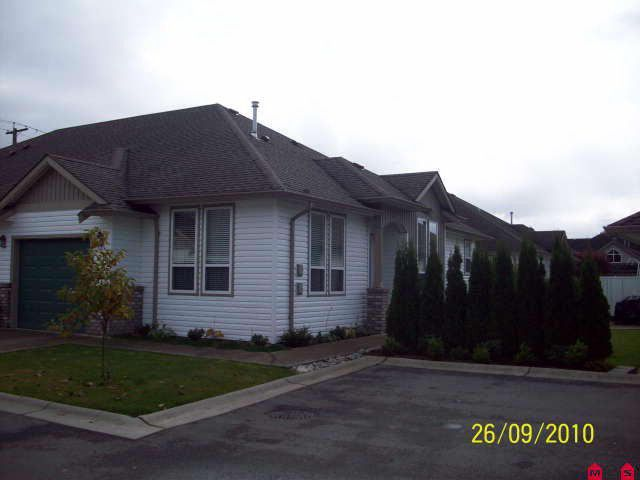 "Main Photo: # 108 1548 MACKAY CR: Agassiz Condo for sale in ""MAGNOLIA ESTATES"" : MLS®# H1004570"