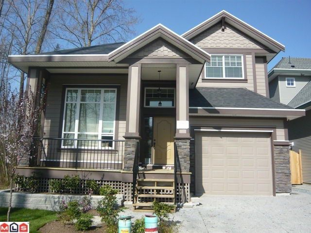 Main Photo: 17297 64A AV in Surrey: Cloverdale BC House for sale (Cloverdale)  : MLS®# F1022735