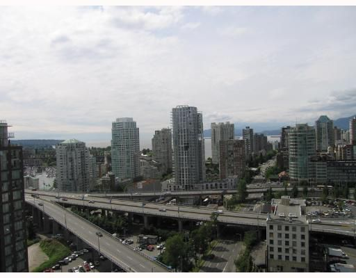 """Main Photo: 2406 501 PACIFIC Street in Vancouver: Downtown VW Condo for sale in """"THE 501"""" (Vancouver West)  : MLS®# V653050"""