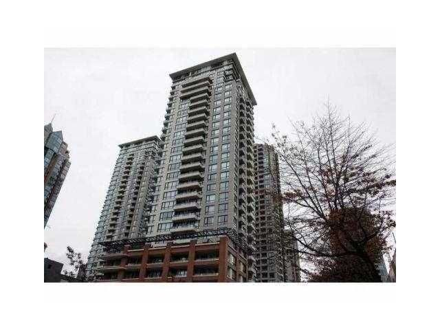 """Main Photo: 801 977 Mainland Street in Vancouver: Downtown VW Condo for sale in """"Yaletown Park III"""" (Vancouver West)  : MLS®# V834678"""