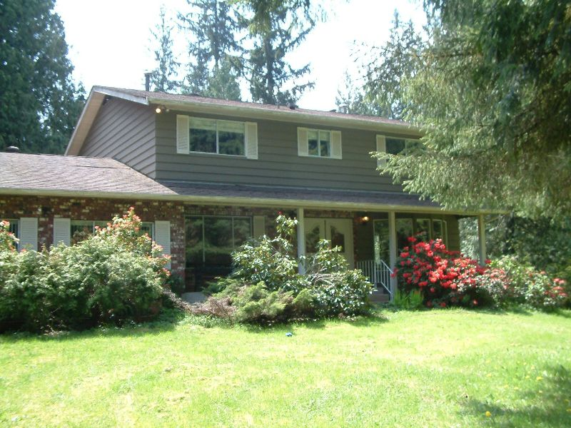 Main Photo: 23850 128Th Avenue in Maple Ridge: House for sale : MLS®# v707888
