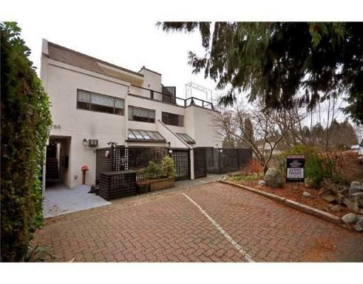 Main Photo: # 8 1786 ESQUIMALT AV in West Vancouver: Condo for sale : MLS®# V862726
