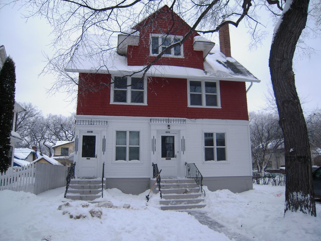 Main Photo: 509 Dominion ST in Winnipeg: Residential for sale : MLS®# 1101611